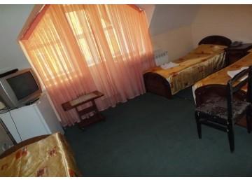 Отель «Фотон», «Стандарт 3-местный 1-комнатный»